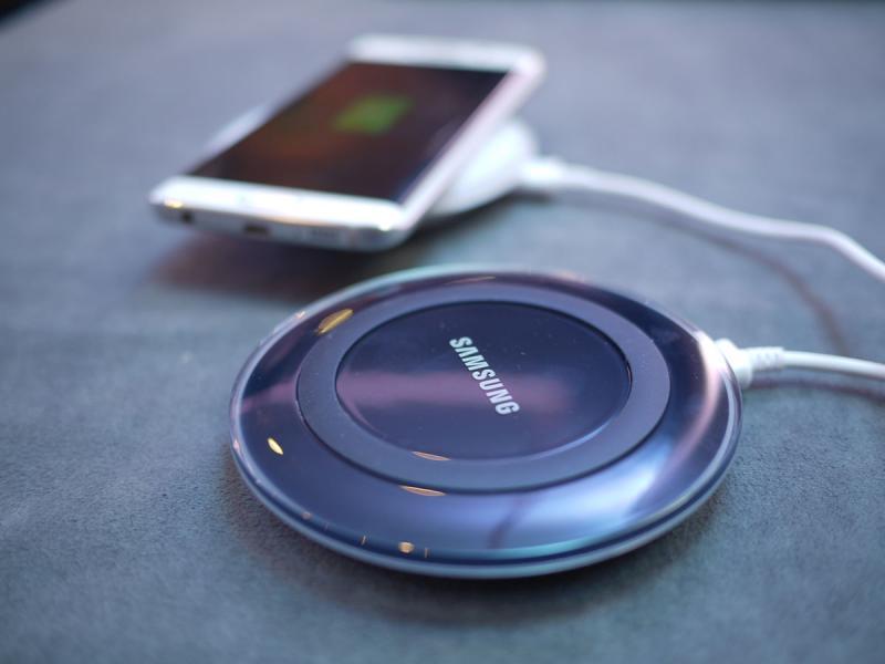 samsung-wireless-pad